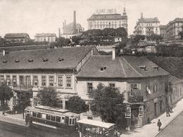 Říjen - Bělehradská, partie u Nuselských schodů