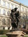 Bakchus a Démétér (Podzim a Léto), Letohrádek Amerika, Ke Karlovu čp. 462/20, Nové Město (autor fotografie: Milan Polák)