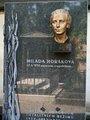 Symbolický hrob M.Horákové (autor fotografie: MČ Praha 2)