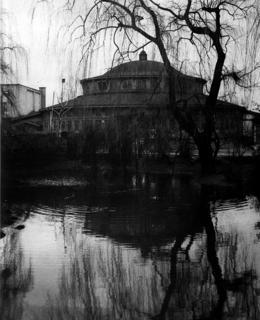 původní sokolský pavilon v Riegrových sadech