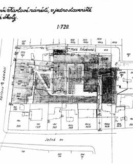 Situace před sloučením parcel s naznačeným objektem budoucí polikliniky, kolem 1934