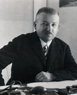 E.Cmunt