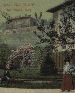 Dolní Landhauska s vilou v pozadí