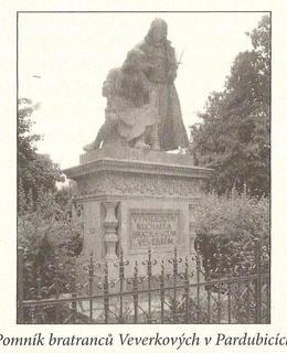 pomník bratranců Veverkových v tehdejší době