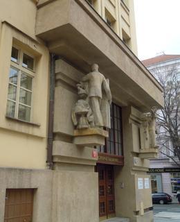 Obchodní akademie v Blanické ulici