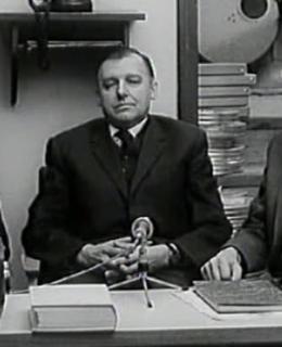 M. Frída (uprostřed) s K. Velebným a Z. Svěrákem při natáčení filmu Stopa vede do Liptákova (1969). Zdroj: Česká televize