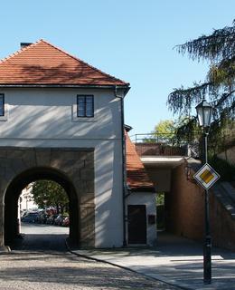 Táborská brána (Foto M. Polák, 2007)