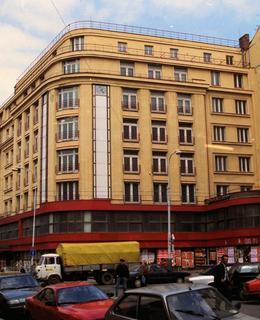 Interhotel Flora v Praze 3 v 80. letech 20. století (Foto M. Polák)