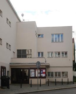 Funkcionalistická architektura Fr. Roitha (Foto M. Polák)