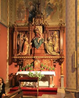 Boční oltář v kostele sv. Ludmily (Foto M. Polák, 2017)