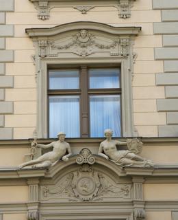 Fasáda po rekonstrukci na hotel (Foto M. polák, 2007)