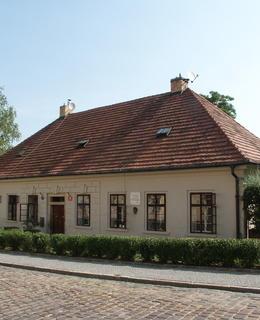 Dům Popelky Biliánové v roce 2003 (Foto M. Polák)