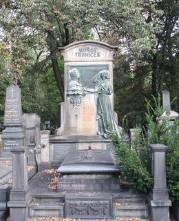 K. Horák, rodinná hrobka na Olšanských hřbitovech. Foto: P. Líbal