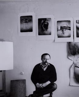Oldřich Kulhánek v atelieru v Nuslích, 1984. Zdroj: rodinný archiv