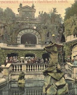 Grotta na dobové pohlednici