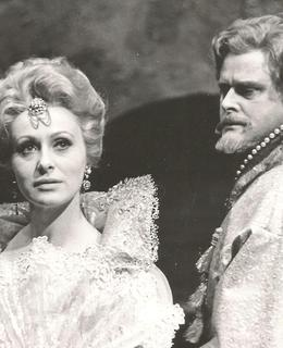 Libuše Márová s Ivo Žídkem v opeře Boris Godunov od M. P. Musorgského. Role Mariny (soukromý archiv)