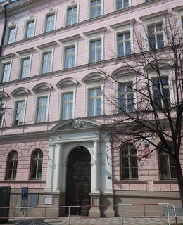 Škola Praha 2, Jana Masaryka (Foto M. Polák, březen 2021)