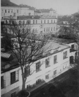 Prvorepubliková fotografie Fričovy továrny