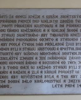Deska II. se čtyřmi pražskými artikuly (Foto M. Polák, 2021)