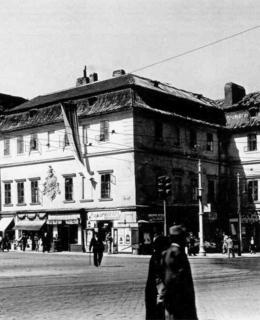 Dům U Šálků na rohu Resslovy ulice, před r. 1938