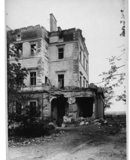 Gröbeho vila po náletu 1945, jihozápad