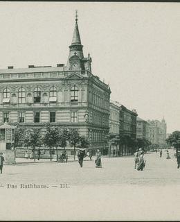 Radnice čp. 600, nároží, kolem 1890. MMP.