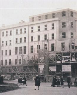 Vinohradská radnice po přestavbě, 1928. MMP.