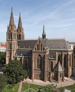 Kostel sv. Ludmily a náměstí v současné podobě, 2018