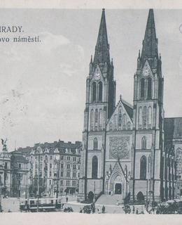 Náměstí s kostelem sv. Ludmily, kol. 1925