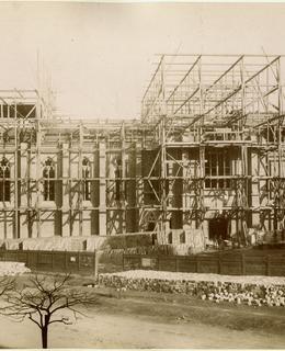 Stavba kostela sv. Ludmily, kolem 1890. MMP.