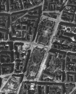 Karlovo náměstí 1945