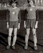 Honza Potměšil (první zleva) s dalšími fotbalisty ze školy. Zdroj: archiv B. Kovaříkové