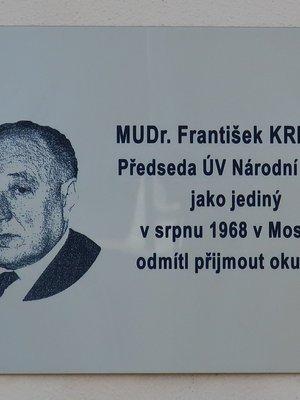 František Kriegel, Škrétova čp. 44/6, Vinohrady (autor fotografie: Milan Polák)