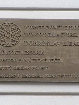 Dobroslav Líbal, Šubertova čp. 1353/4, Vinohrady (autor fotografie: Milan Polák)