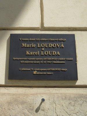 Marie Loudová a Karel Louda, Resslova čp. 307/9a, Nové Město (autor fotografie: Milan Polák)