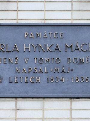 Karel Hynek Mácha, Karlovo náměstí 551/37, Nové Město (autor fotografie: Milan Polák)