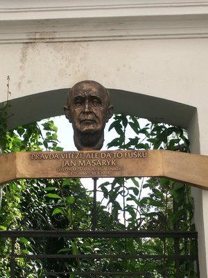 Jan Masaryk, ulice Jana Masaryka 165/22, Vinohrady