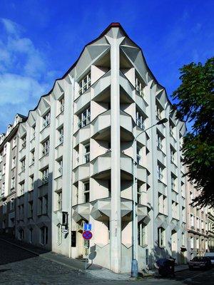 Průčelí Bayerova domu