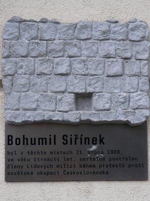 Bohumil Siřínek, Bělehradská čp. 478/110, Vinohrady (autor fotografie: Milan Polák)