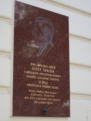 Josef Škalda, Budečská čp. 1026/14, Vinohrady (autor fotografie: Milan Polák)