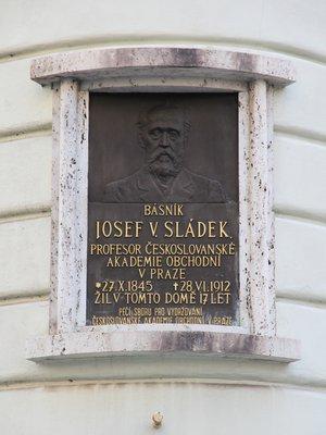 Josef Václav Sládek, Václavská čp. 1748/13, Nové Město (autor fotografie: Milan Polák)