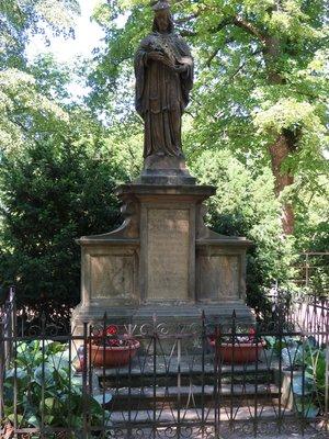 Svatý Jan Nepomucký, Karlachovy sady, Vyšehrad (autor fotografie: Milan Polák)