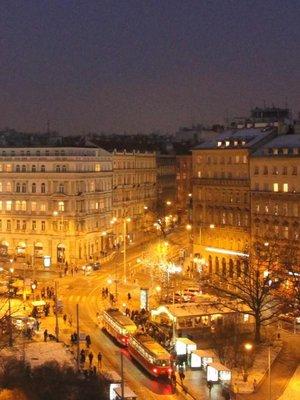 Francouzská ulice v noci