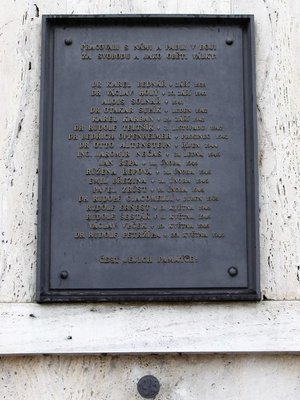 18 obětí války (autor fotografie: Milan Polák)