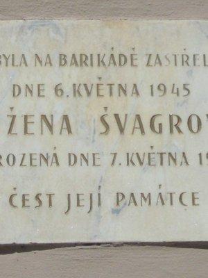 Pamětní deska Růženy Švagrové