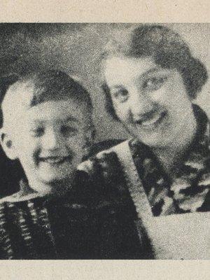 Milíč s maminkou Františkou Zelenkovou (autor fotografie: archiv)