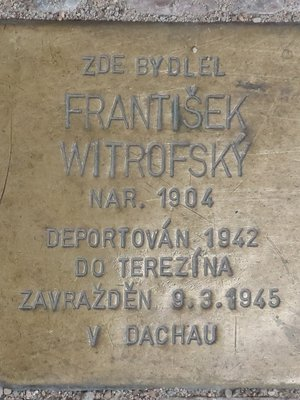 Stolpersteine Fr. Witrofského (autor fotografie: Milan Polák)