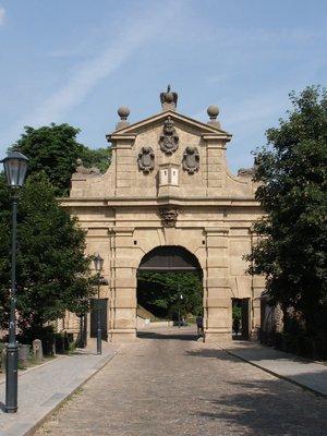 Leopoldova brána v červnu 2003 (Foto M. Polák)