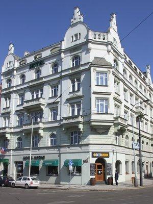 Hotel Union (Foto M. Polák,duben 2020)