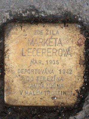Kámen zmizelých Markéty Ledederové v září 2020 (Foto M. Polák)